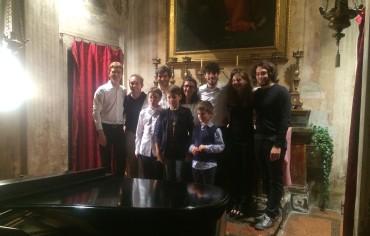 Ecco gli allievi e i docenti della masterclass di pianoforte tenutasi presso L'Associazione La Musica Interna nel settembre 2014